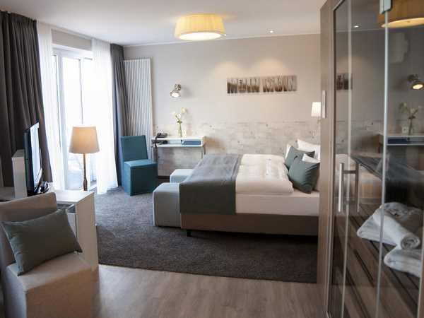 klafs sauna preise affordable von klafs mit ofen gebraucht zum selbsta with klafs sauna preise. Black Bedroom Furniture Sets. Home Design Ideas